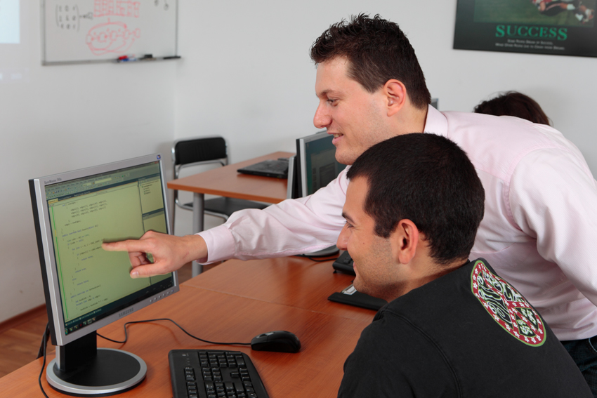 svetlin-nakov-teaching-explaining-csharp-in-telerik-academy-june-2010.jpg