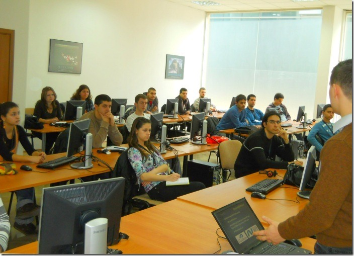 Nakov-teachning-CSharp-course-in-Telerik-Academy-November-2010