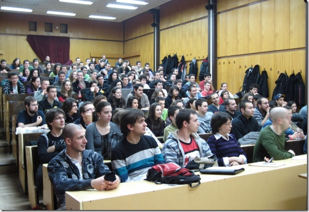 Светлин Наков води мащабен курс по програмиране във ФМИ на СУ