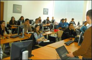 Наков преподава програмиране в Академията на Телерик